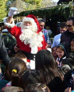 Patchen California - Old Town - Santa visits Patchen